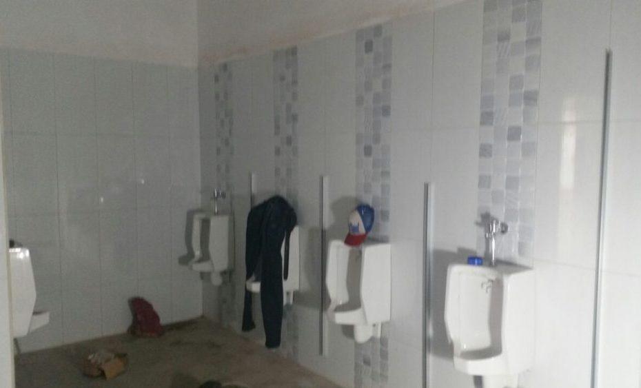 Urinoir Toilet Cubicle Ballroom Selecta hotel