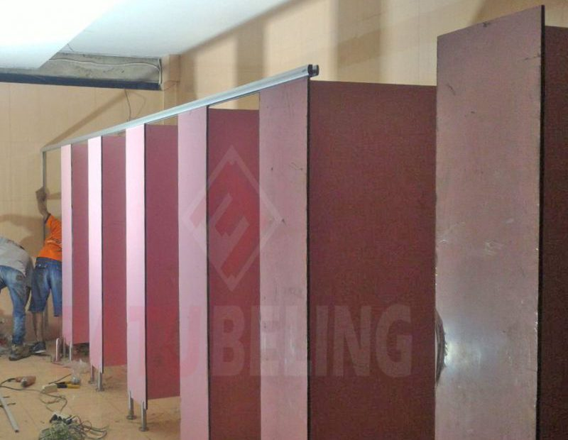 12 Unit Cubicle Toilet Selecta Malang