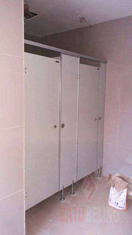 Cubicle Toilet Kediri